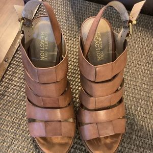 Stressed Tan Leather Sandals by Kenneth Cole.